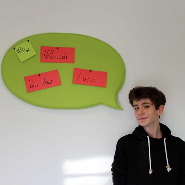 Luca Süssmann hat ein Praktikum im Bereich Videomarketing bei kajado absolviert.